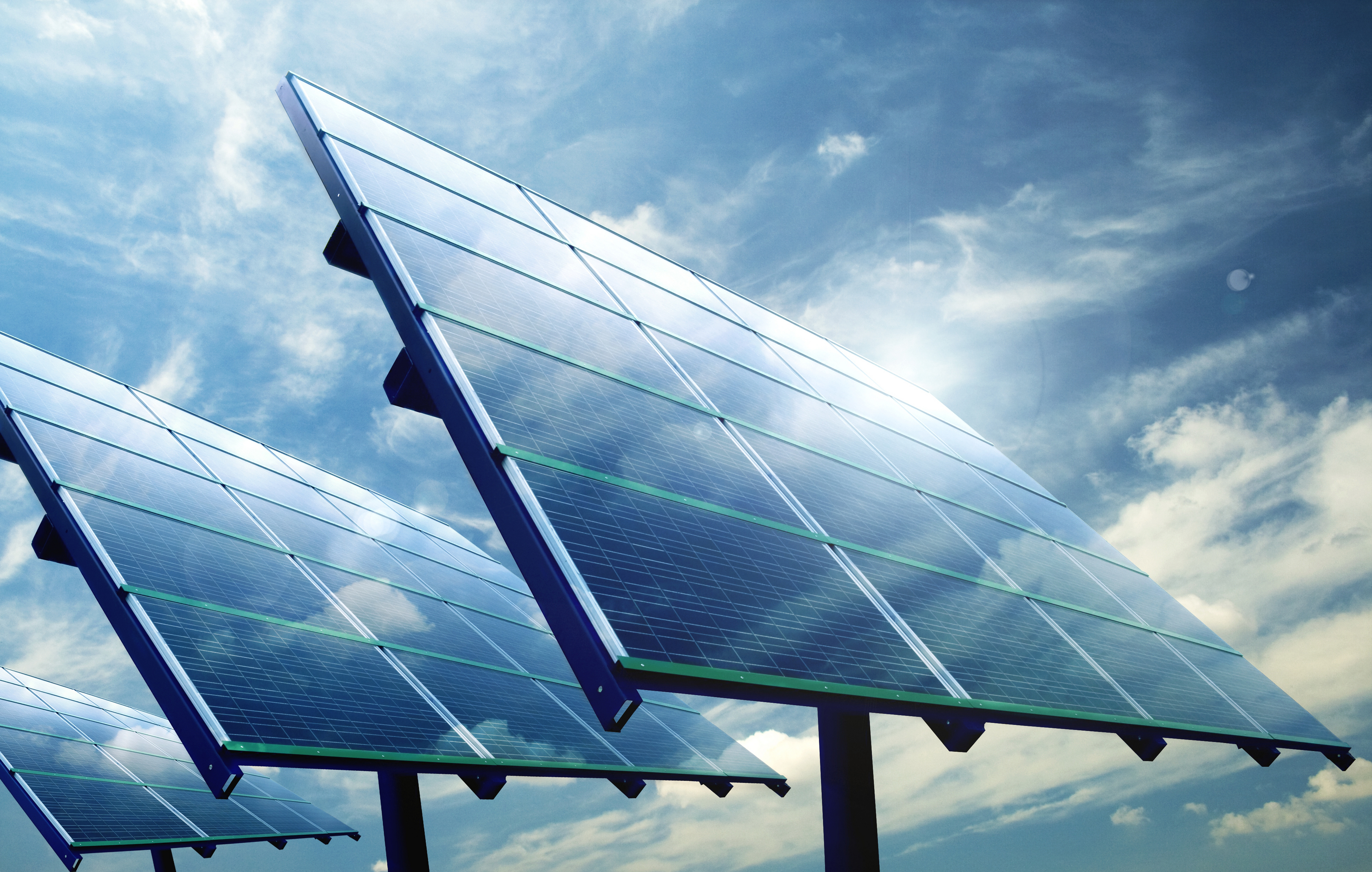 On the insanity of taxing imported solar